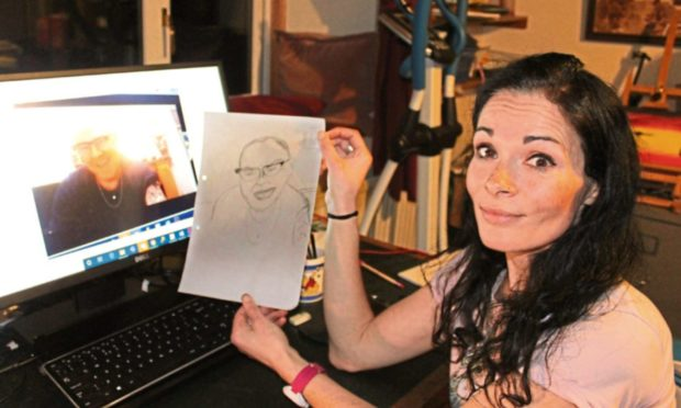 Gayle joins an online life drawing class with Sue Tilley (and Murray Chalmers as model). She is mortified by the results!!