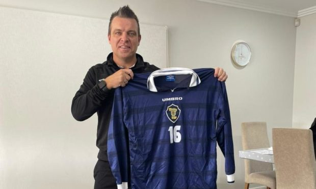 Former Scotland international midfielder Gavin Rae has given his backing to Stella Maris (Apostleship of the Sea) and encouraged support for the seafaring charity during their centenary year.