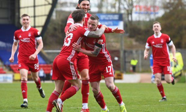Jonny Hayes celebrates his goal at St Johnstone