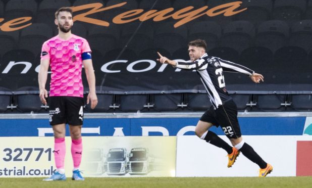 St Mirren's Marcus Fraser (R) celebrates making it 2-1.