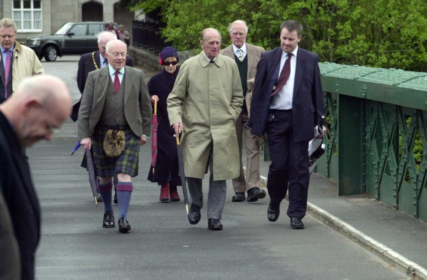 In 2006 Prince Philip finally gave the Royal seal of approval to Scotland's only Brunel bridge - 150 years after Queen Victoria revealed she didn't like it.  The Duke of Edinburgh braved the rain of Royal Deeside to unveil a plaque on Balmoral Bridge.