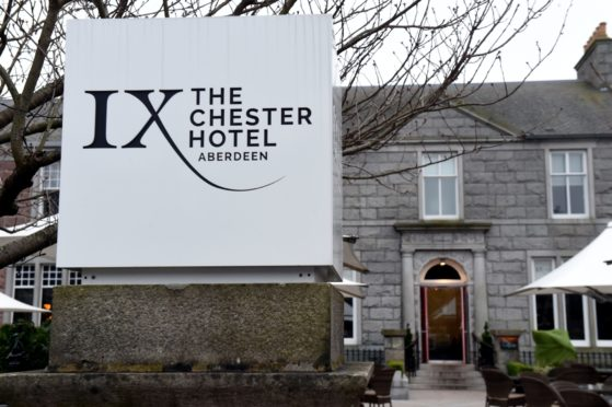 City planners have recommended the Chester Hotel's planning application is refused.
