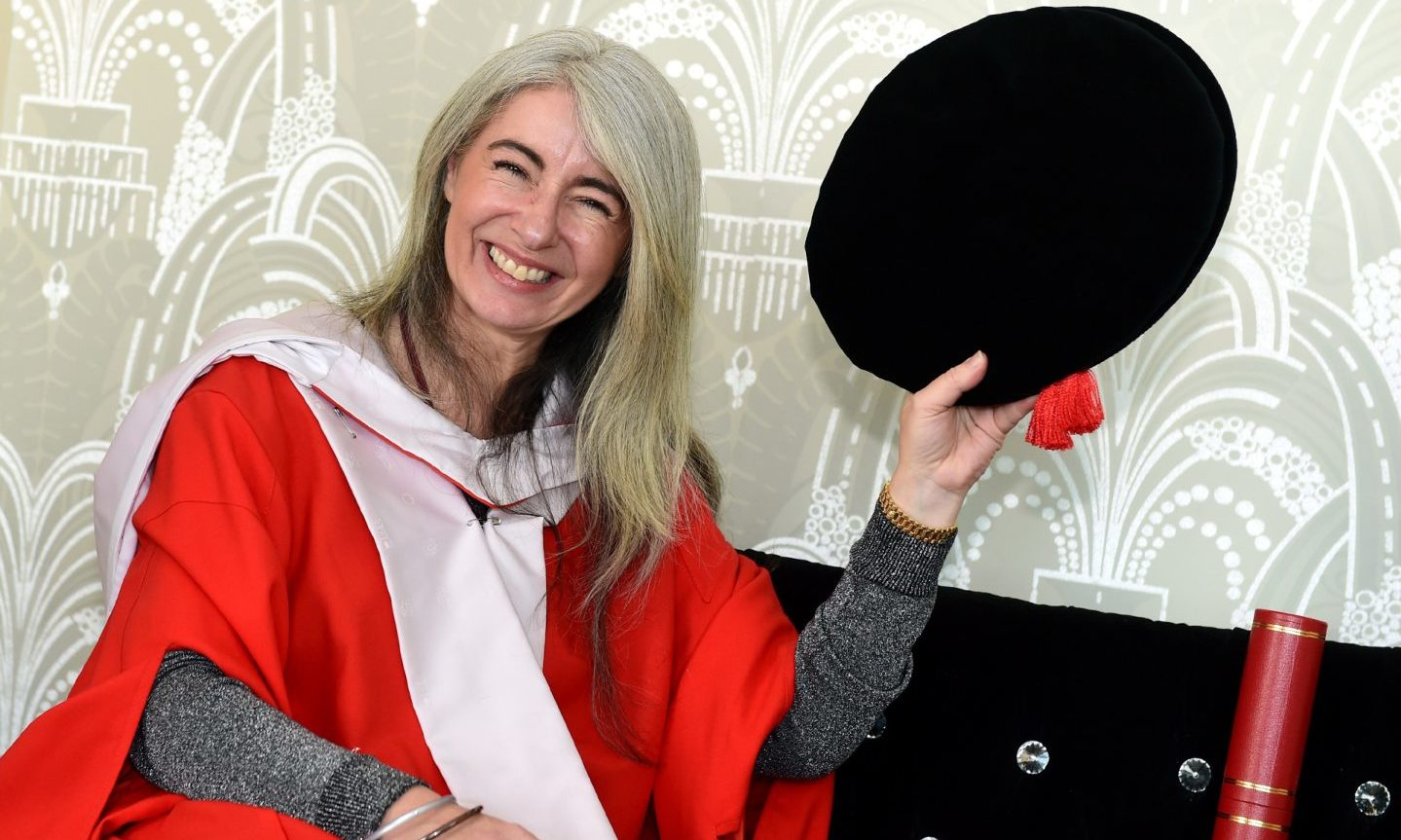 Honorary graduate Dame Evelyn Glennie was presented the award by Sir Ian Wood in 2016.