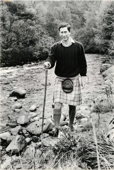 """1988-10-23_02 """"Royal birthday... The Prince of Wales wearing the kilt, amongst the hills which he loves so well, pictured during his recent stay on Deeside."""" Photograph by Jim Love."""