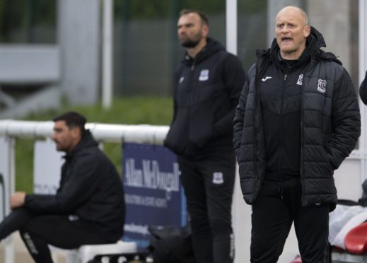 Elgin manager Gavin Price (R) during the Scottish League One play-off semi final.