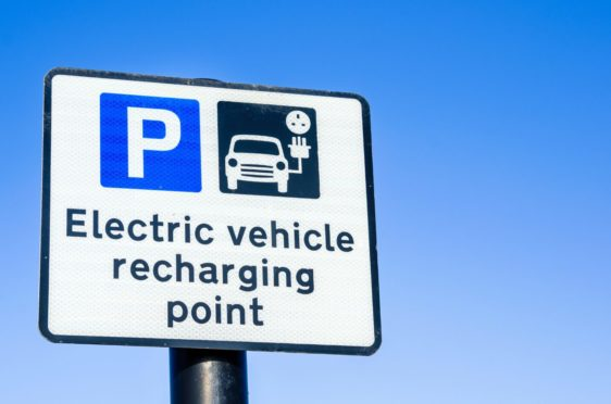 Highland councillors have agreed to impose tariffs on their EV charging points