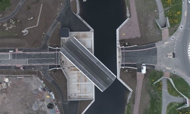 The new Torvean Bridge in Inverness will swing to make way for boats on the Caledonian Canal while also providing a new crossing for traffic.