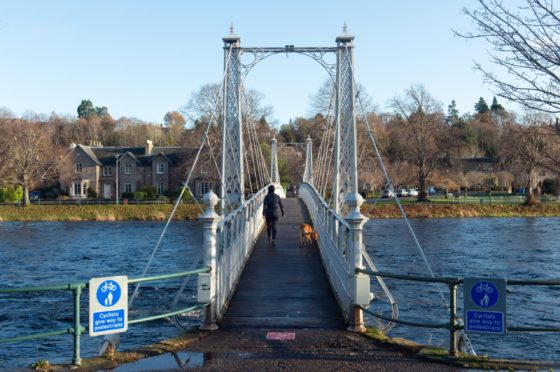The ailing Infirmary Bridge is to receive £550k from Highland Council for repairs