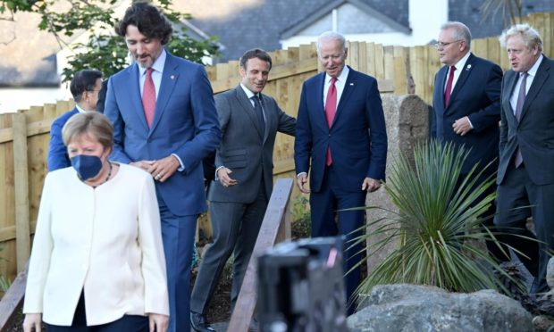 Face masks didn't seem to be high on the list of priorities at the G7 summit in Cornwall
