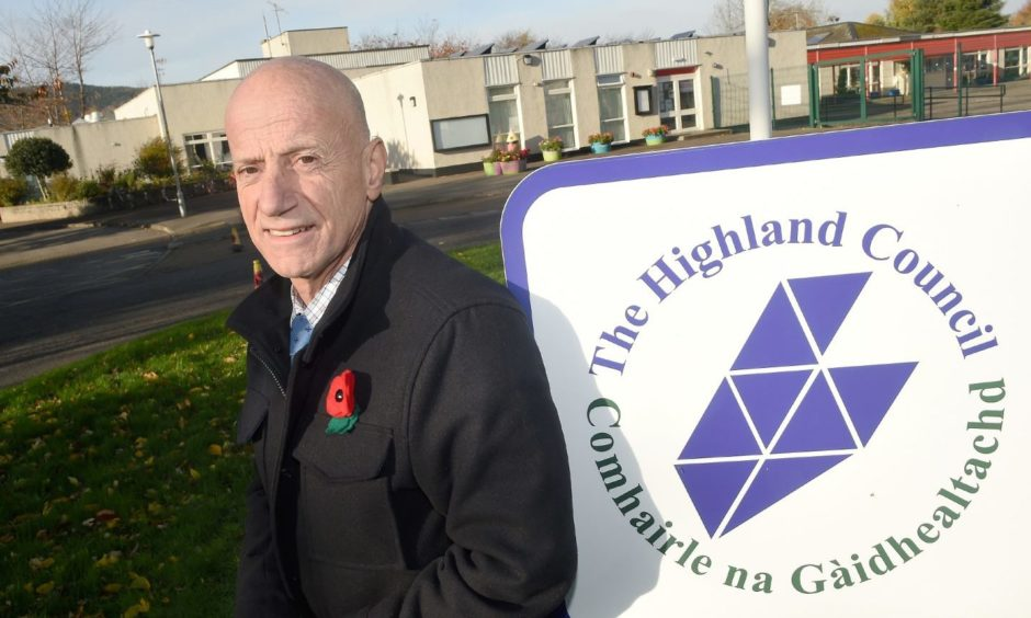 Eligible young people in Highland Council are being encouraged to apply for the Education Maintenance Allowance for next school year.