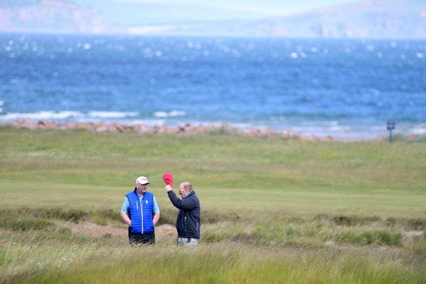 Hold on to your hat as the wind whips across the course.