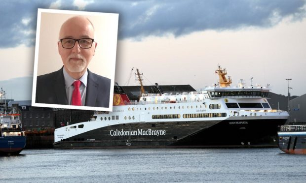 Western Isles Council leader Roddie Mackay has written to No.10 to seek a more robust ferry service