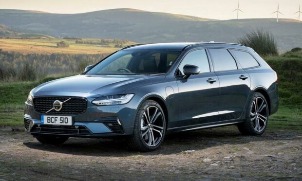Volvo V90 Recharge with sleek lines and a little panache.