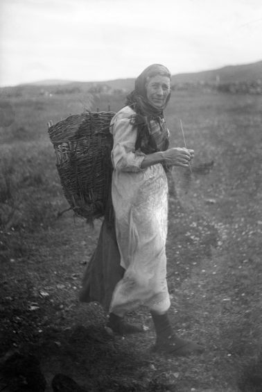 Woman in Skye knitting. Supplied by National Museum of Scotland