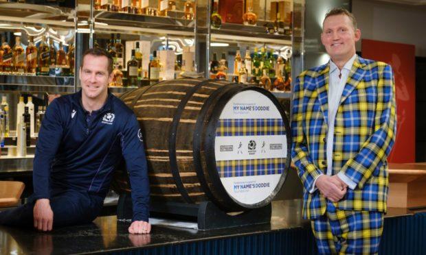 Former Scotland rugby stars Chris Paterson and Doddie Weir.