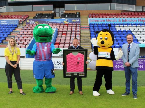 Donations will be made to the charity from the sale of every pink away shirt.