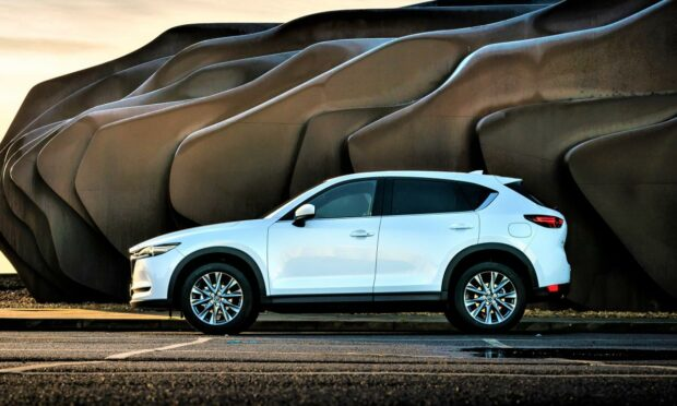 The second generation Mazda CX-5 offers plenty of space for big families and luggage.