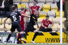 Former Don Bruce Anderson insists Livi will rally around goalkeeper after his error gifted Aberdeen victory