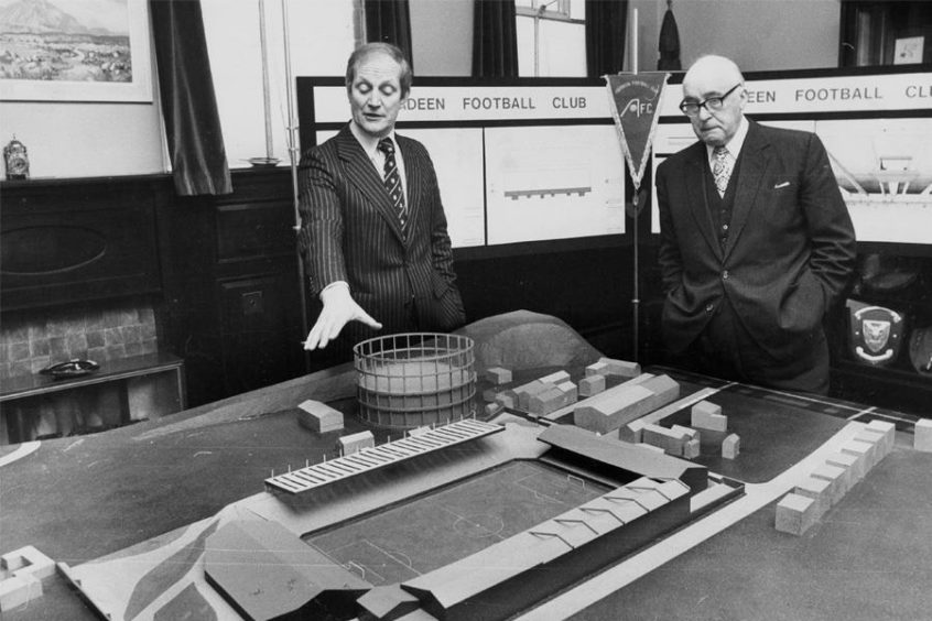 Aberdeen Directors Dick Donald and Chris Anderson in 1980