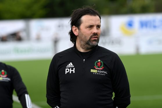 CR0030067 Scottish League One, Cove Rangers (blue) v East Fife at Balmoral Stadium, Aberdeen Picture of Cove Manager Paul Hartley.  Picture by Kenny Elrick     14/08/2021