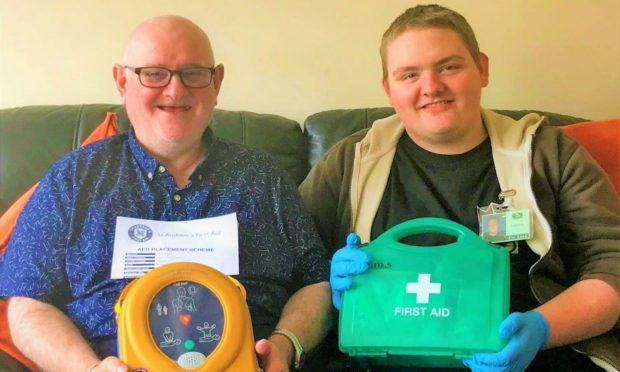 A total of 10 men's sheds have been provided Automated External Defibrillators (AEDs) as part of a charity partnership between The Scottish Men's Sheds Association (SMSA) and St Andrew's First Aid.