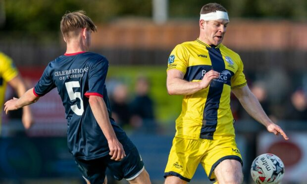 Wick's David Allan, right, is hoping they can defeat Bo'ness United in the Scottish Cup