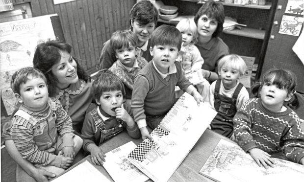 1987 - Bon Accord pre-school youngsters at Craigiebuckler church hall