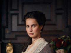 Heida Reed as Elizabeth (BBC)