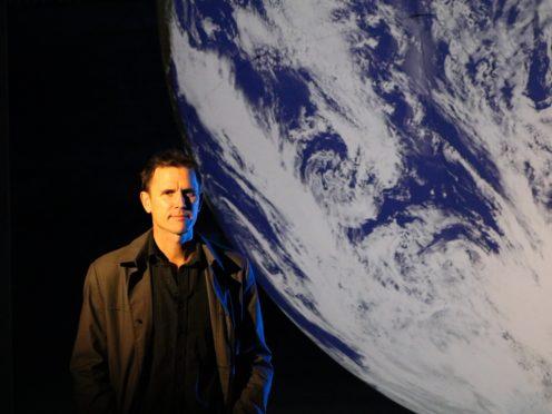 Luke Jerram with his Earth artwork (NERC)