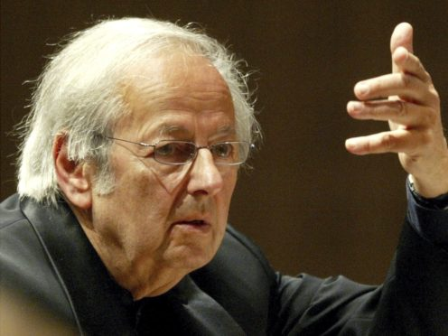 Andre Previn, conducts the 15th symphony concert during the Lucerne Festival (Urs Flueeler/AP)