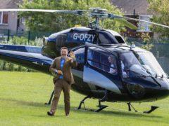 David Walliams arrives at Flakefleet Primary School (Peter Byrne/PA)