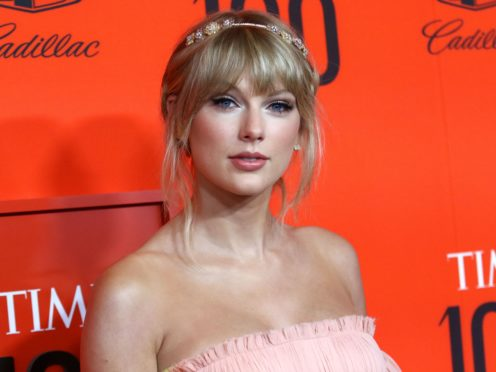 Taylor Swift appears to have been cleared to perform a medley of her old songs at an upcoming music awards show after her former label said it would not stand in her way (Greg Allen/PA)