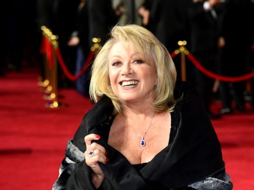 Elaine Paige attending the 1917 World Premiere at Leicester Square, London.