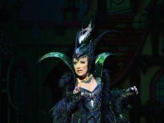 Elaine Paige as Queen Rat (Qdos Entertainment/PA)