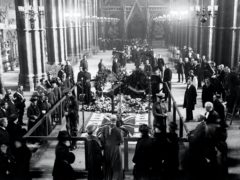 The burial ceremony in 1920 (PA)