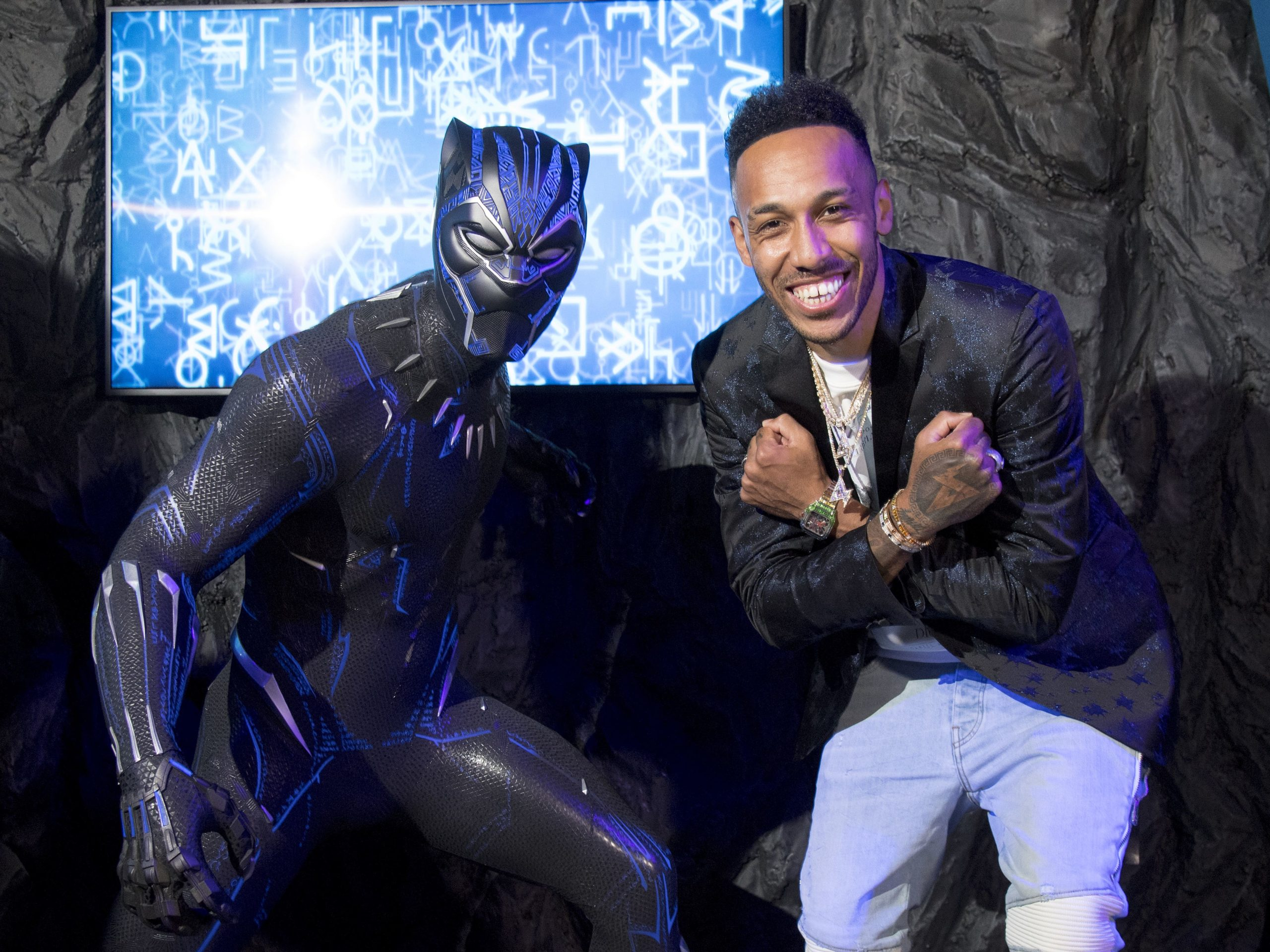 Madame Tussauds unveils Black Panther waxwork with the help of a celebrity fan