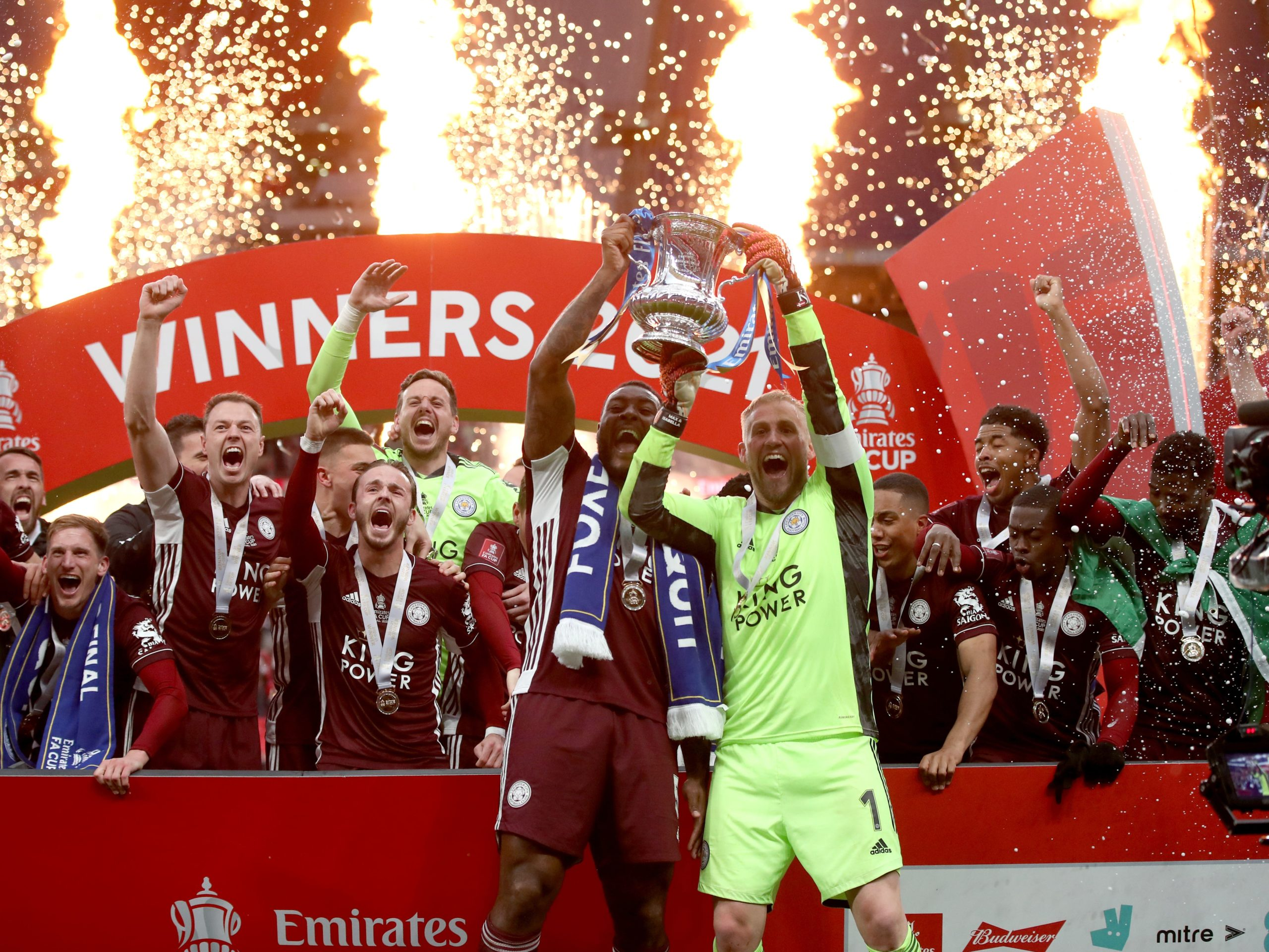 Leicester lift FA Cup for the first time with victory over Chelsea