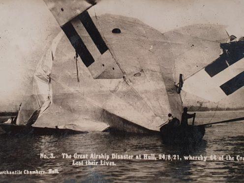 R.38/ZR-2 airship crash