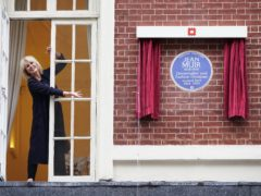 Joanna Lumley helps unveil the plaque (Yui Mok/PA)
