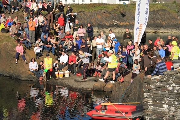 World Stone Skimming Championships. Photo by Victoria Hillman