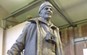 The full-size Tom Weir statue approaches the final stages of sculpting