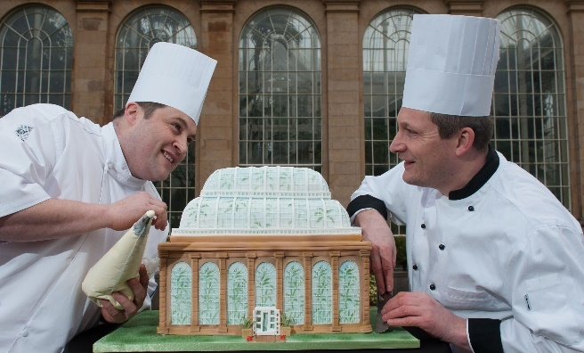 The Royal Botanic Gardens' Chefs with the cake of the Glass House. Photo by Gareth Easton