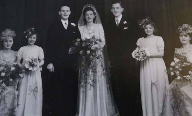 Mrs Thompson made the wedding cake for this 1940s wedding at The Dumbuck - and also the bridesmaids' dresses and bouquets