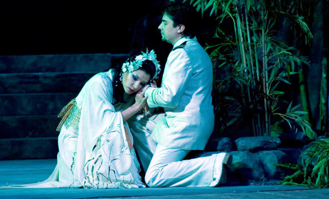 Elena Dee and Ruslan ZInevych in Madama Butterfly
