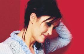 Singer Karen Matheson
