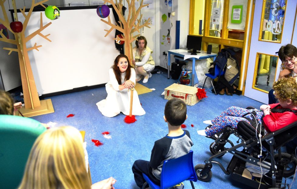 Catrin Sheridan and Lisa Hannah Thompson from the Festival Theatre bring a mini pantomime to the Sick Kids Hospital. Photo by Greg Macvean .