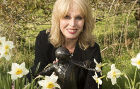 Joanna Lumley and Peter Pan in Moat Brae Garden. Photo by Allan Devlin