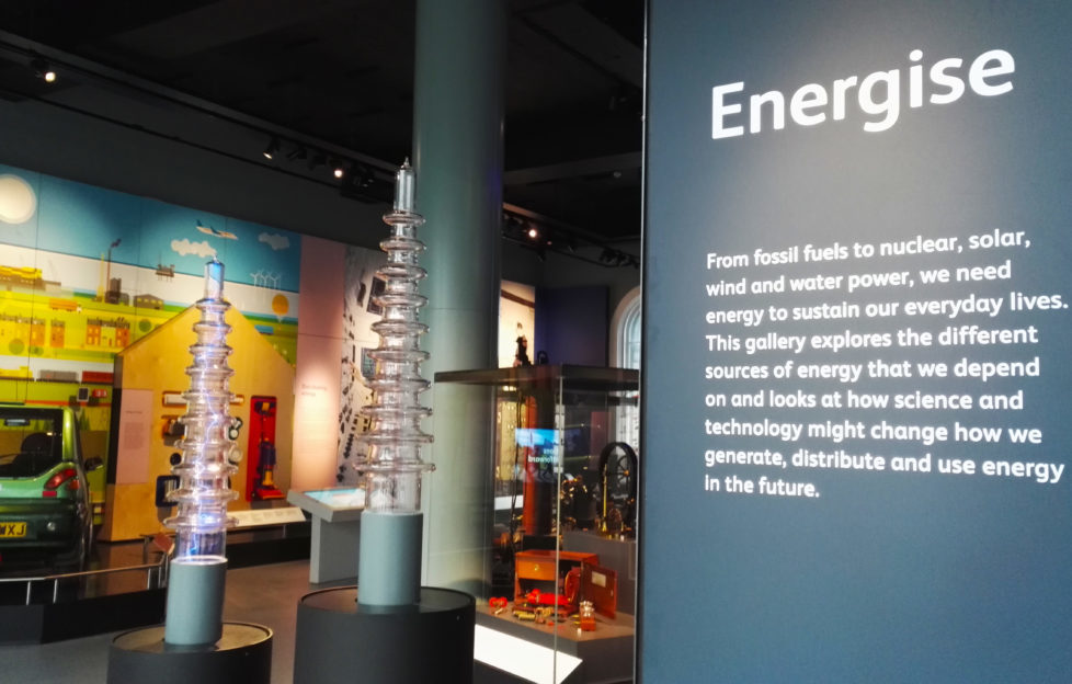 Discover the sources, generations and uses of energy.