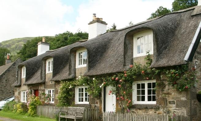 West Cottage, Artasqairt in Perth & Kinross. Copyright @ Historic Environment Scotland