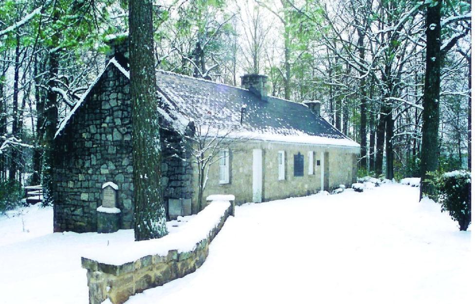 The replica cottage in Atlanta, Georgia! Pic: Frank R Shaw, electricscotland.com